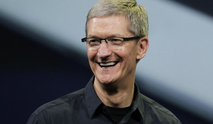 Got an extra $100,000? You could bid to win a lunch with Apple CEO Tim Cook