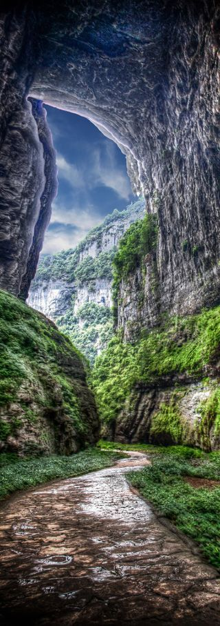 kelsey & ten walking along pathway Act 2 / Wulong, Chongqing China༺ß༻ visit swapnarajput.in