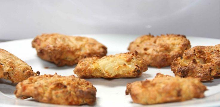 Crunchy bloemkool/kaas koekjes. Lekker voor de liefhebbers van hartig!