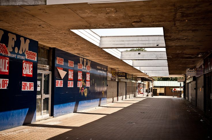 https://flic.kr/p/d8Nkq1   Hatfield Town Centre   Hatfield, Hertfordshire. Designated a New Town on 20 May 1948.