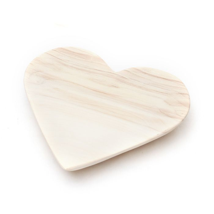 Organic Wooden Heart Plate - Coco Africa | Spoil your Valentine with something special from shop.kamersvol.com
