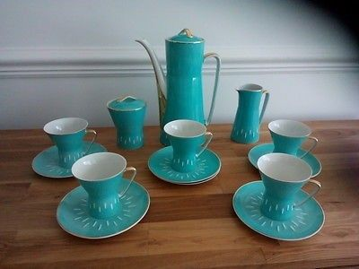 Rare Cmielow Porcelain Modernist Coffee Set From the 1960s in modernist style Made in Poland Blue and white Comprises 14 pieces: 1 coffee pot with lid(tiny chip on underside of rim of bottom) 1 sugar
