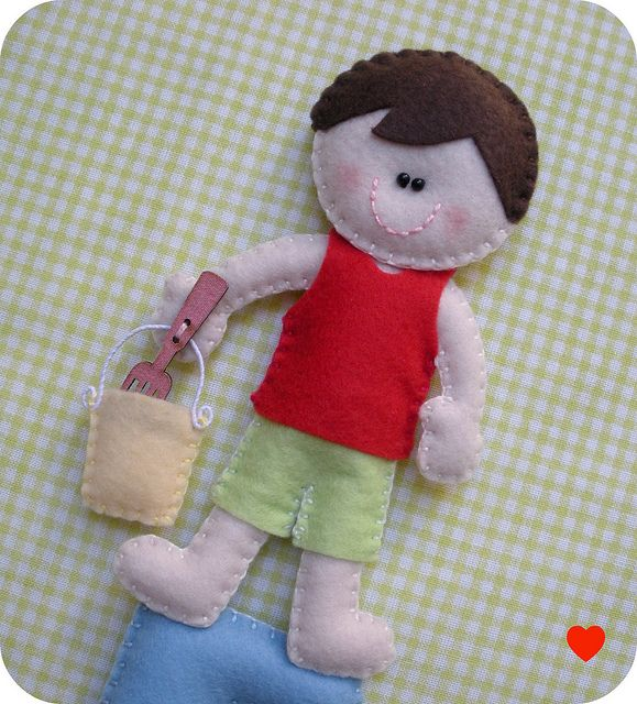 {{ :) }} by carambola arte em feltro, via FlickrEms Feltro, Sharing, Felt Dolls, Felt Crafts, Quiet Book, Felt Ideas, Felt Brooches, Carambola Art, Art Ems