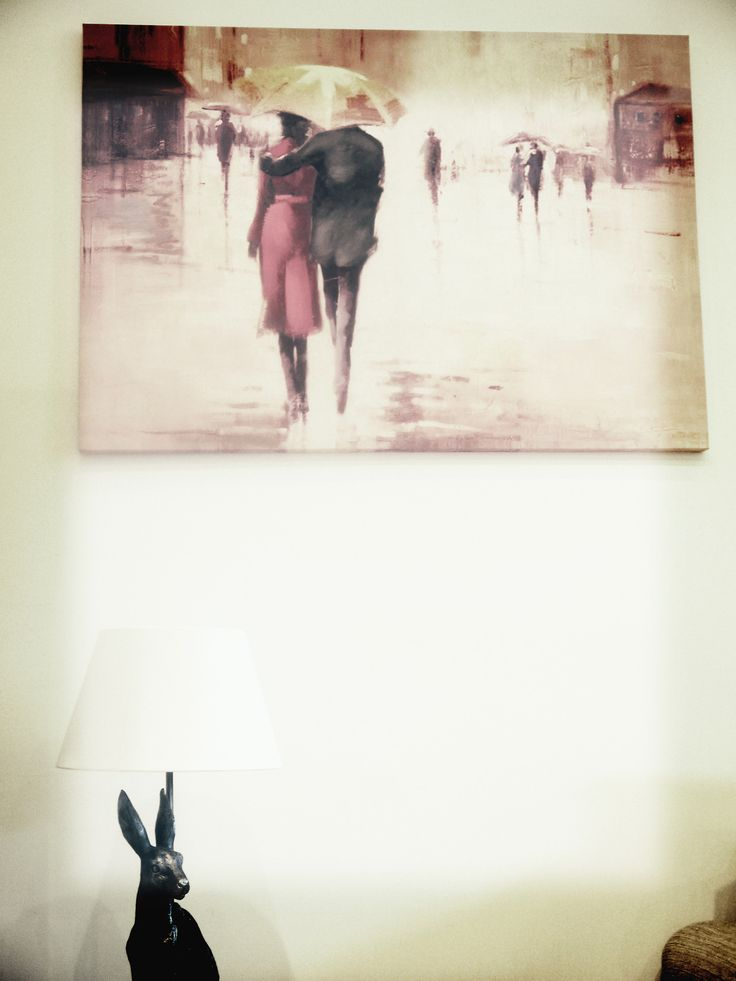 Couple With Umbrella canvas - Next Home Style