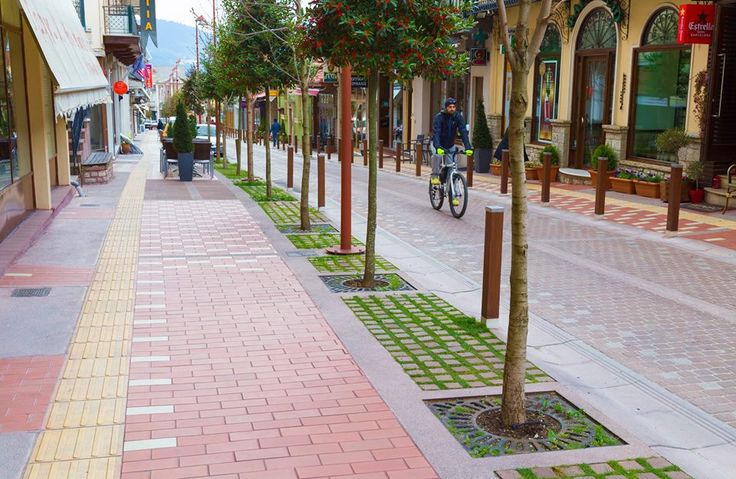 Karpenisi's Town Center Revamp Stands Out in Int'l Competition.