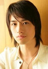 Name: 斎藤工 (さいとう たくみ) / Saito Takumi Birthdate: 1981-Aug-22 Birthplace: Tokyo, Japan Height: 184cm Blood type: A