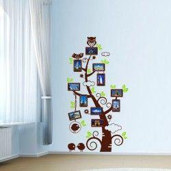 Photo tree!  Snyggt väggdekor som du fäster dina fotografier på! Den stora storleken kommer definitivt ge din vägg ett unikt utseende samtidigt som du kan ta tillvara på dina minnen.  Länk till produkt: http://www.feelhome.se/produkt/photo-tree/  #Homedecoration #art #interior #design #Walldecor #väggdekor #interiordesign #Vardagsrum #Kontor #Modernt #vägg #inredning #inredningstips #heminredning #foto #minnen #natur #träd #barnrum #barninredning #vuxen