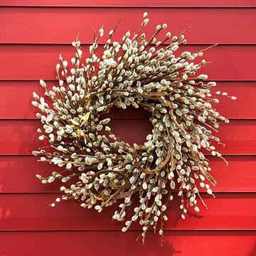 DIY:  Detailed instructions on making  this pussy willow wreath.