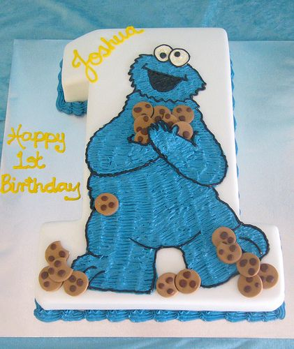 cookie monster cake- reminds me of @April A birthday cake when we were younger