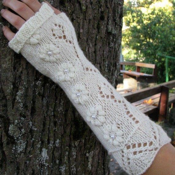 Knit wool fingerless gloves