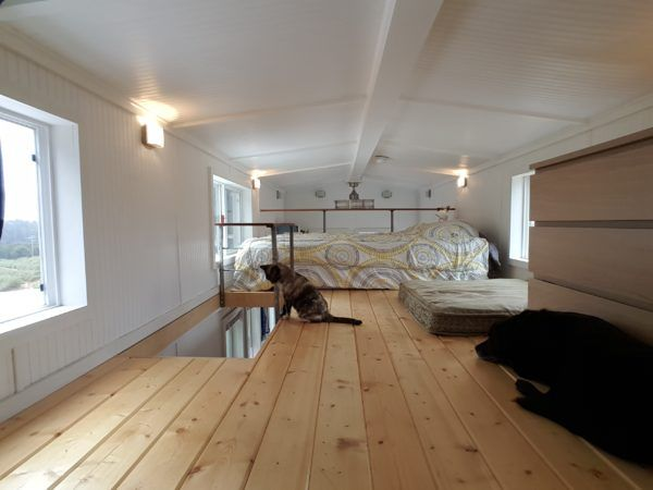 Exceptional Andreau0027s Mt. Kilimanjaro Tiny House Becomes Home
