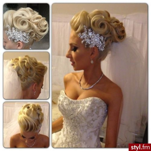 I absolutely love her hair!!! I would totally do it for my wedding!!! :)