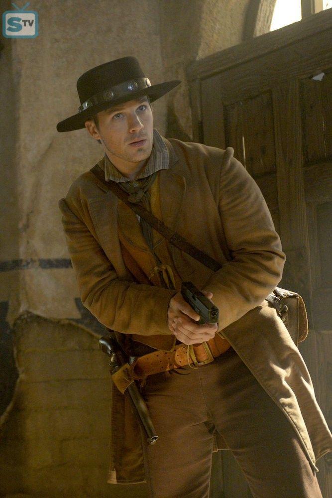 "TIMELESS -- ""The Alamo"" Episode 104 -- Pictured: Matt Lanter as Wyatt Logan -- (Photo by: Sergei Bac - SpoilerTV Backup Gallery"