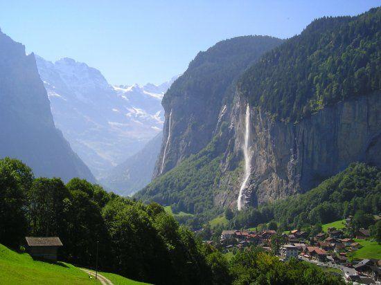Lauterbrunnen - Tal der 72 Wasserfälle - Flying Wheels Interlaken Bike Center