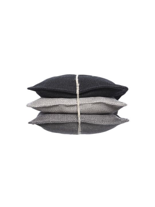 Vendela scented pad Black.  #Himla_ab #himla #scentedpad #linen #scents #wardrobe #fresh