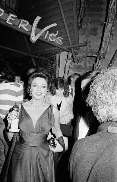 THE JOAN COLLINS ARCHIVE: EVENT FLASHBACK : 40TH GOLDEN GLOBES JANUARY 1983 ..