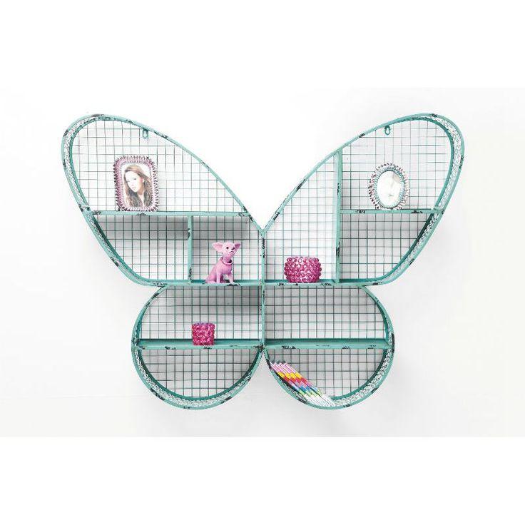 Ραφιέρα Τοίχου Butterfly Η γλυκιά και παιχνιδιάρική φιγούρα μιας πεταλούδας που έγινε ραφιέρα τοίχου, από μέταλλο με ηλεκτροστατική βαφή σε γαλάζιο χρώμα.