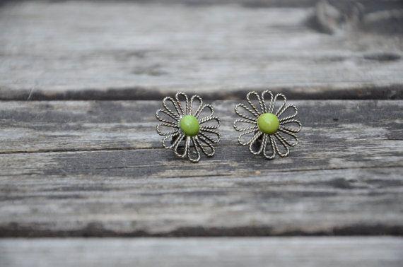 Handmade filigree flowers - ear studs.