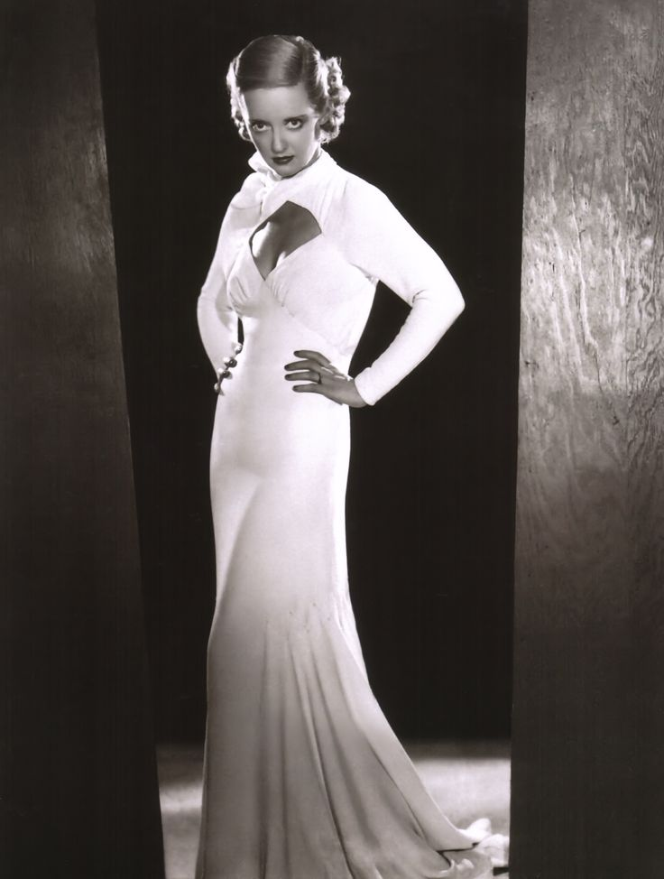Bette Davis from Ex-Lady (1933)
