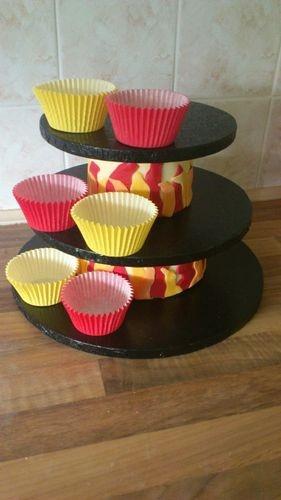 Homemade cupcake stand tutorial - by Isiscakes @ CakesDecor.com - cake decorating website