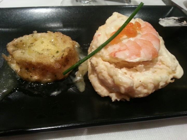 Entremeses en #EatsAndTwitts en mesa #RT ( por Antonio Domingo...)