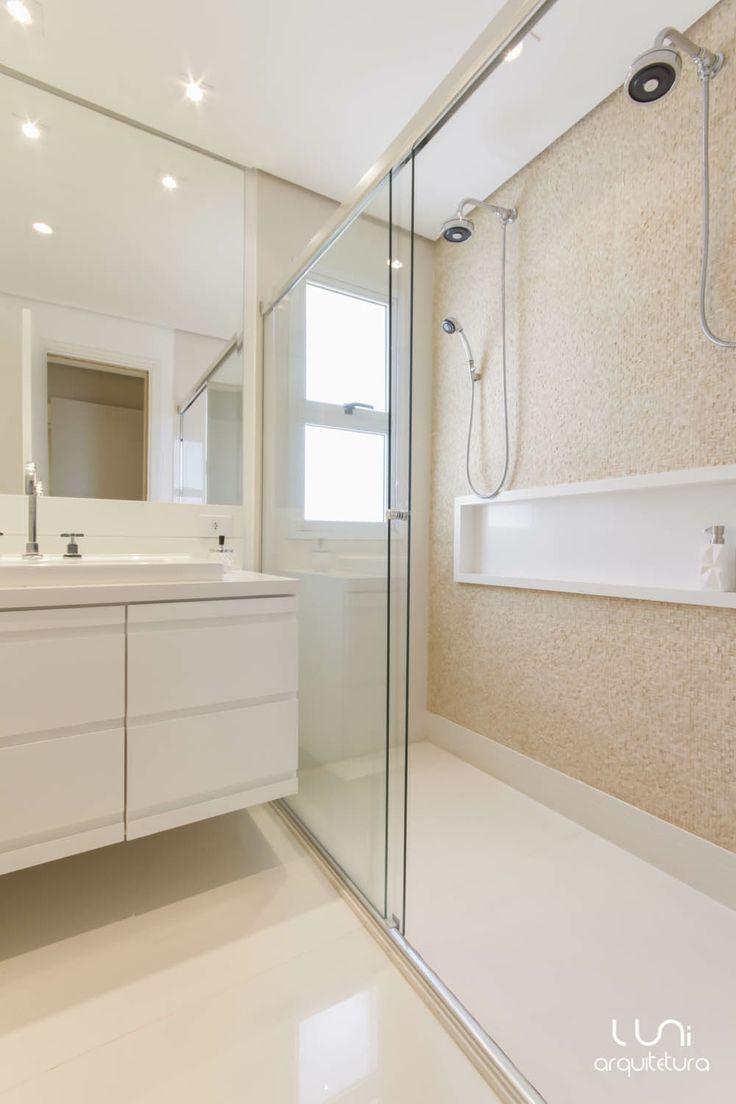 Banheiro duplo suite casal chuveiro duplo