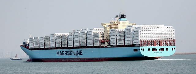 Maersk Leticia packed with reefer containers, by Maersk Line via Flickr