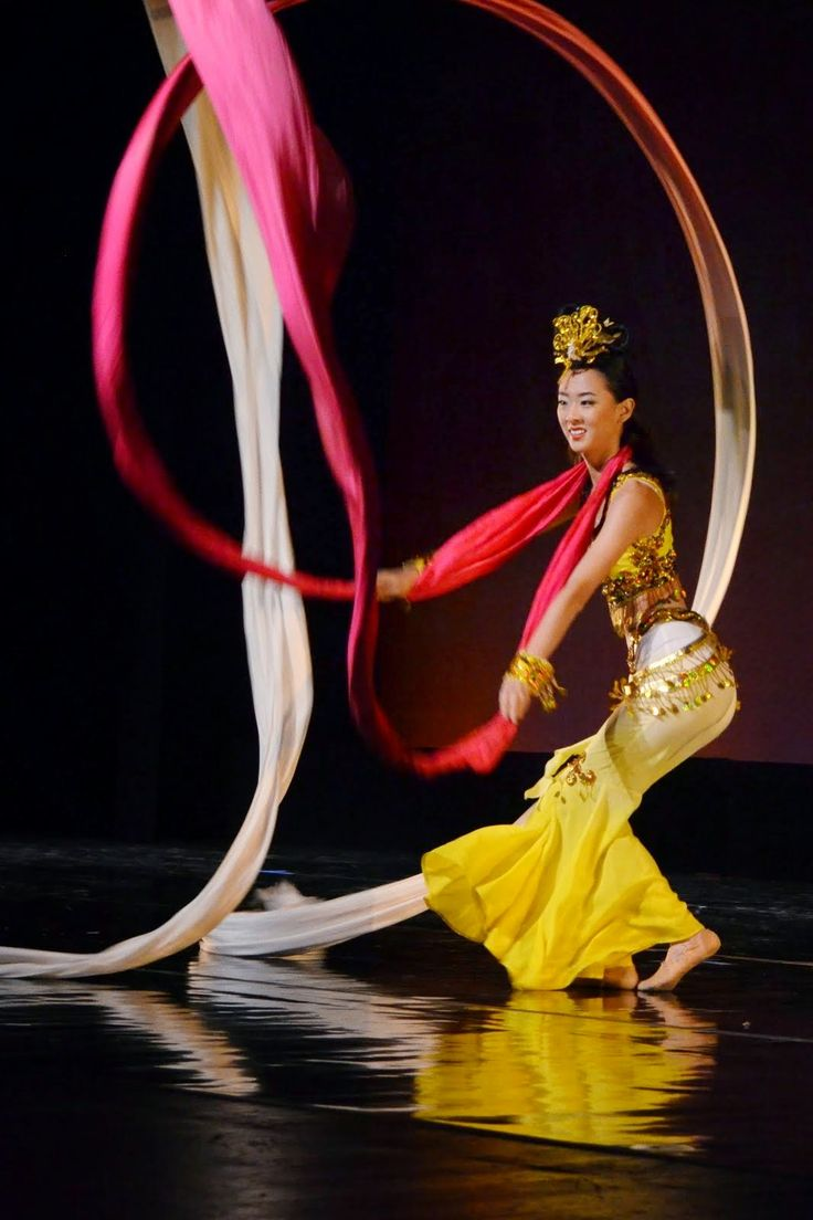 "Hai Yan Jackson Chinese Dance          海燕中国舞蹈团: June 1st 2014 Fourth Annual showcase ""Dancing Colo..."