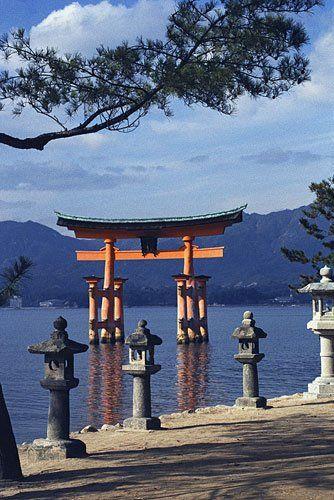 【中国地方: 山口 広島 岡山 島根 鳥取】厳島神社 Hiroshima City (広島市)