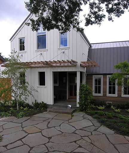 17 best images about home exterior ideas on pinterest for Industrial farmhouse exterior