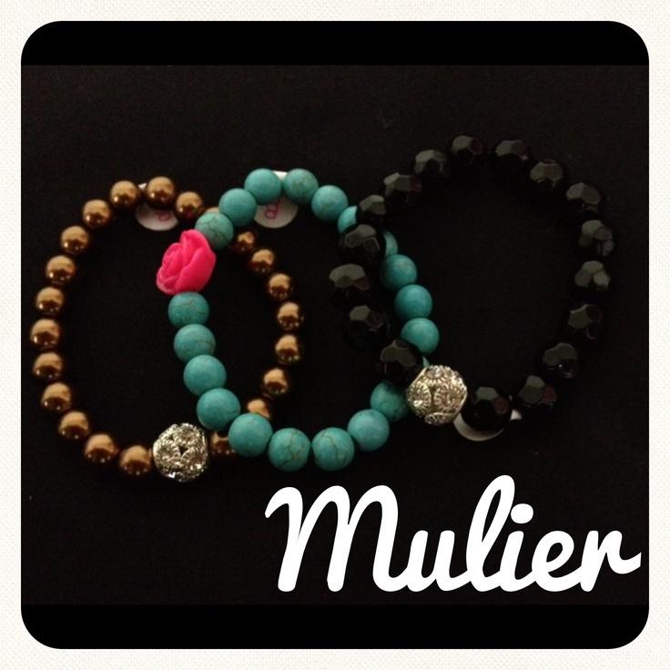 By Mulier