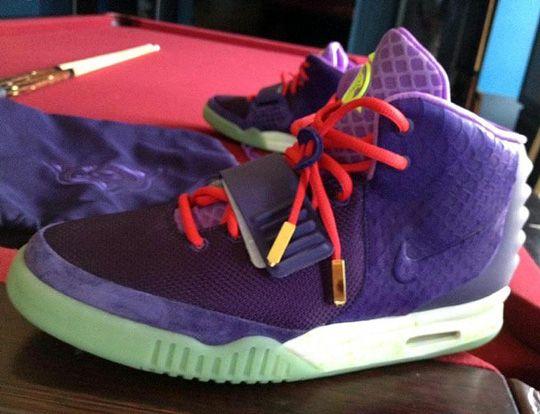 nike-air-yeezy-2-purple