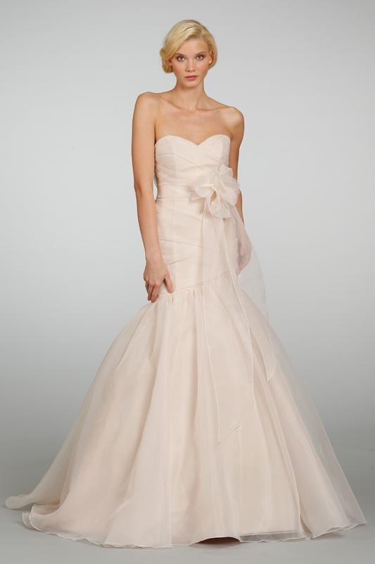 Affordable destination wedding dresses under 2 000 for Cheap destination wedding dresses
