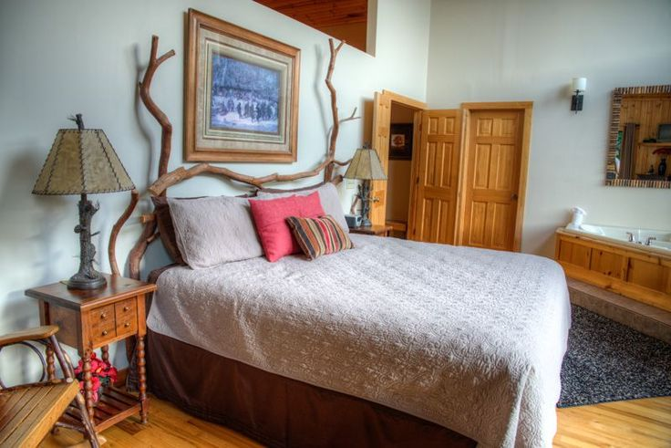 Helen Cabin Rental: Luxury Couples Cabin W/incredible Views & Regulation Pool Table | HomeAway