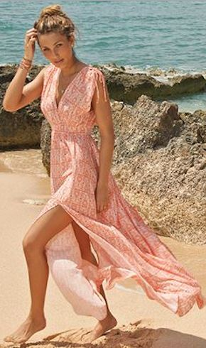 beautiful maxi dress http://rstyle.me/n/hwts9r9te