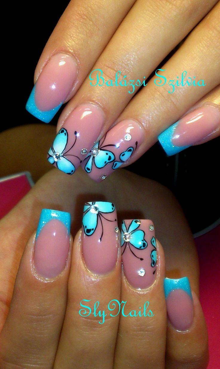 kék pillangós