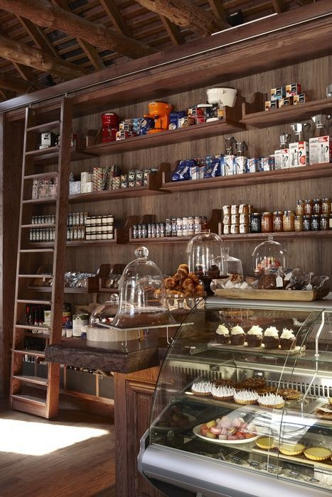 Cafeterias charmosas pelo mundo por dep sito santa mariah shops and more pinterest - Small retail space collection ...