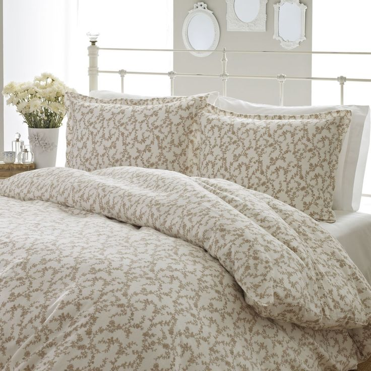 Laura Ashley Victoria 3-piece Flannel Duvet Cover Set - Free Shipping Today - Overstock.com - 15557142 - Mobile