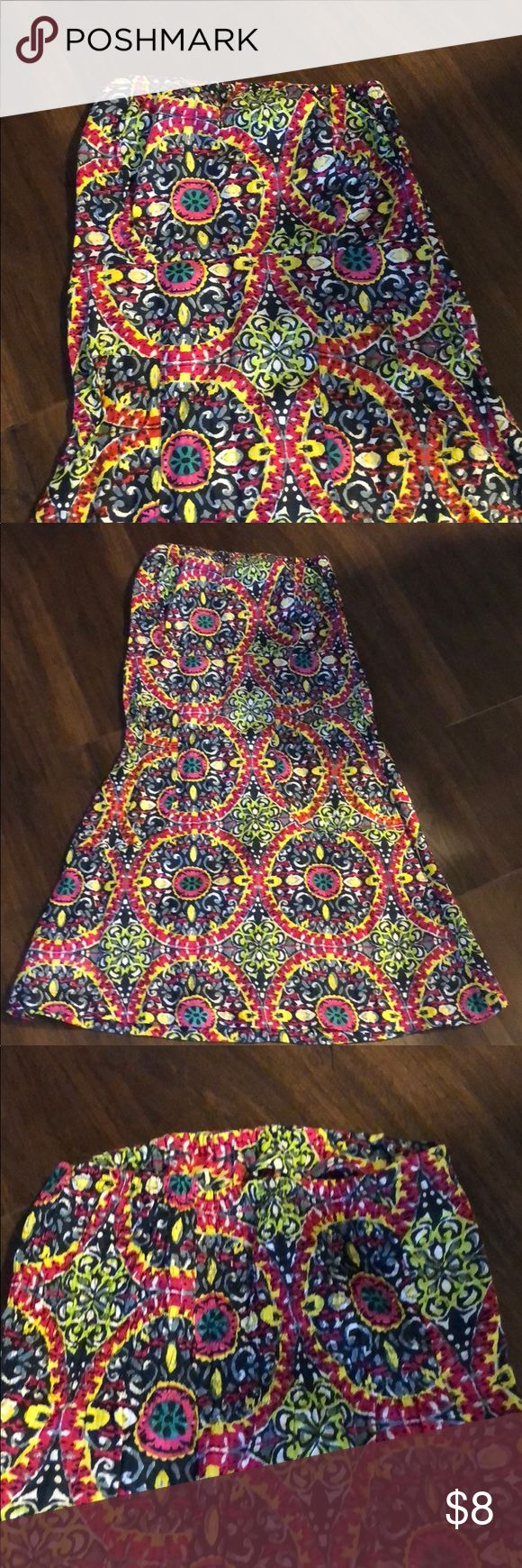 Beautiful light weight tube top dress Beautiful summer tube top dress! Worn maybe once. Dresses Strapless