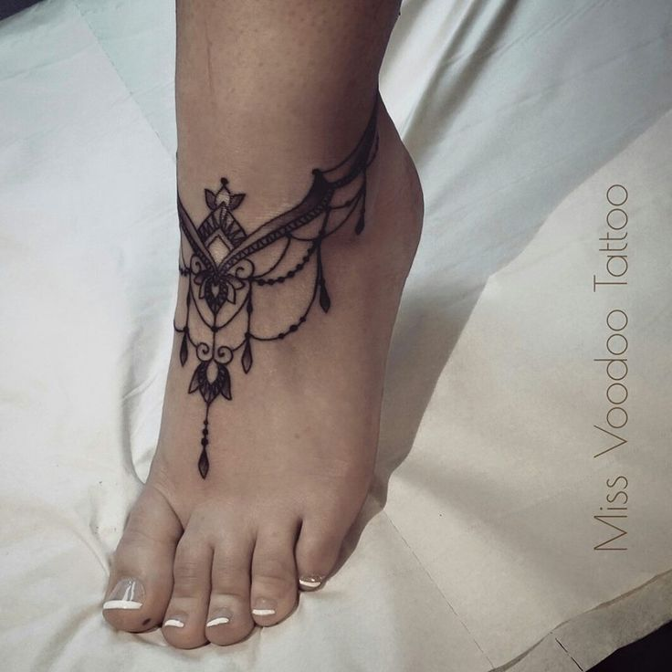 Miss Voodoo Tattoo : Photo