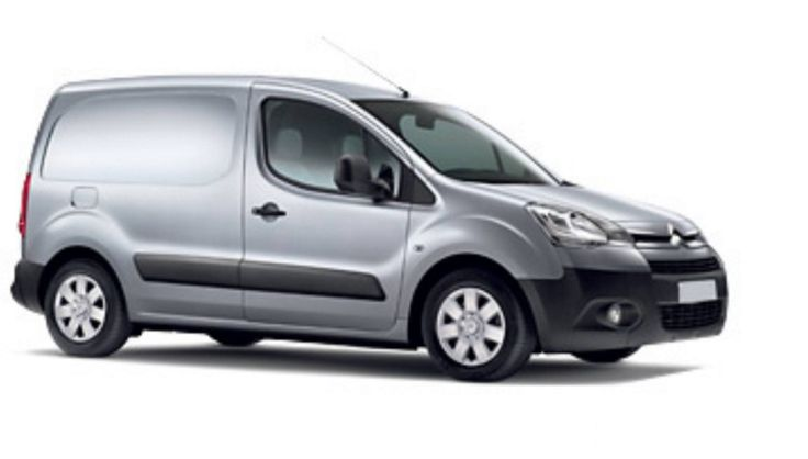 Booking a van rental in London is simple and easy with London Car Rentals. Book online now and explore the broad range of vehicles that we have available at reasonable prices. London Car Rentals provides its customers with several reservation options—you may use our easy-to-follow online reservation process or contact our central reservation team. For the best van hire in London, Ealing, Harrow, Greenford, Barnet, Uxbridge, and adjoining areas, contact us at your convenience.