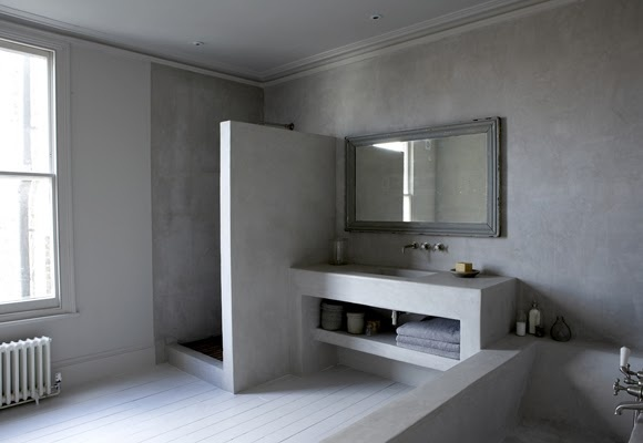 Polished concrete in the bathroom. This is so elegant and such a simple way to use the material you want. Not a normal bathroom and is an opportunity to do something out of the box?! I love it!