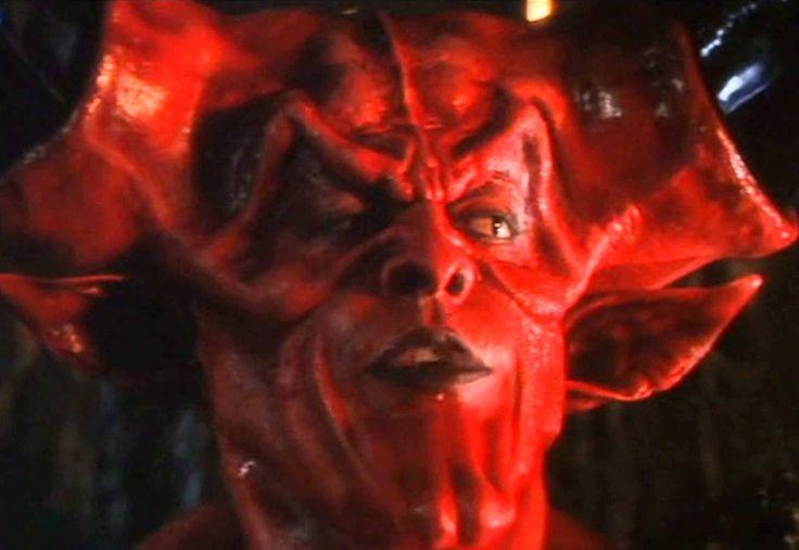 satan-in-legend-1985.jpg (1200×828)