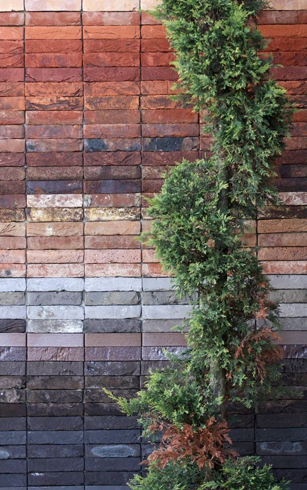 Bricks avalaible in 390 different tonalities. Discover more: http://www.rustiqueitalia.it/en/technical-information.