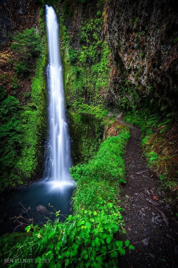 Tunnel Falls Eagle Creek Trail Oregon hr