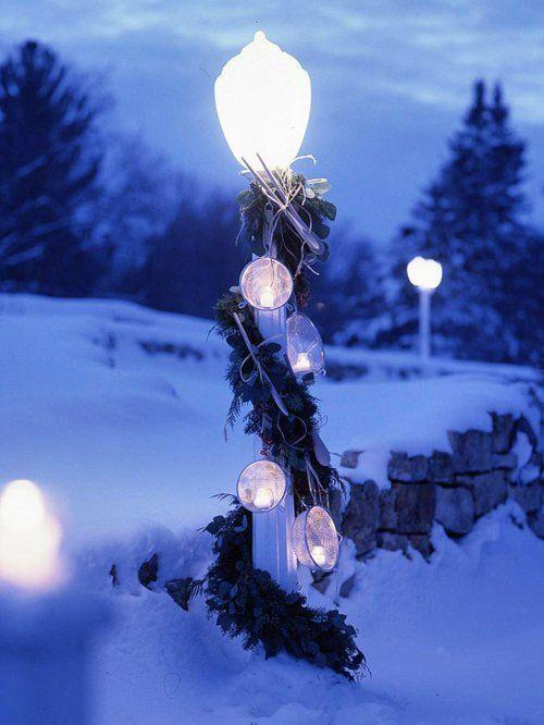 lampenpfahl girlanden kugel leuchtend weihnachten