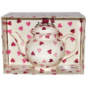 Our Pink Hearts 4 Cup #Teapot makes a fabulous #wedding gift, birthday #gift or even a #Valentine's gift (to yourself). Your friends will definitely be jealous when you serve their tea from this beauty.