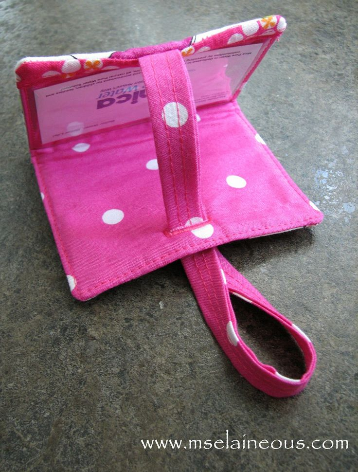 Ms. Elaineous Teaches Sewing: Free Pattern: The Secret Luggage Tag. Tutorial.