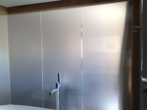 les 25 meilleures id es concernant verre d poli sur pinterest gravure sur verre peinture sur. Black Bedroom Furniture Sets. Home Design Ideas