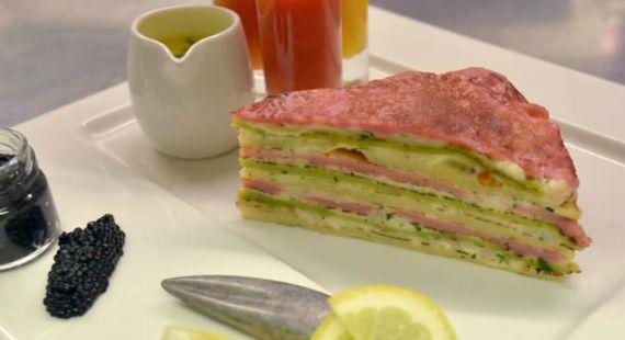 Panqueca com Lagosta e Caviar é a mais cara do mundo #panqueca #pancake #caviar #lagosta #gastronomia #luxury #luxo